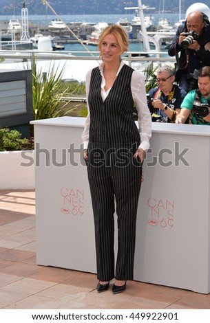"CANNES, FR - MAY 12, 2016: Actress Julia Roberts at the photocall for ""Money Monster"" at the 69th Festival de Cannes."