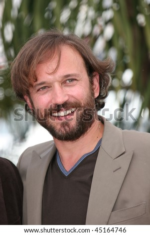 CANNES, FRANCE - MAY 19: Actor Vincent Perez attends the 'Tomorrow at Dawn' Photo Call at the Palais Des Festivals during the 62nd Annual Cannes Film Festival on May 19, 2009 in Cannes, France