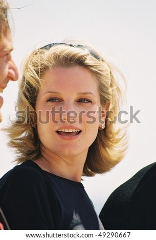 "CANNES, FRANCE - MAY 12:  Bridget Fonda attends the photocall ""Kiss of the Dragon"" at the 54th Cannes Film Festival May 12, 2001 in Cannes, France."
