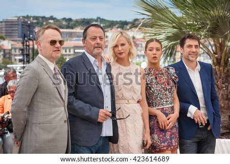 Cannes, France - 20 MAY 2016 - Jared Harris, Jean Reno, Charlize Theron, Adele Exarchopoulos and Javier Bardem attend the 'The Last Face' Photocall during the 69th annual Cannes Film Festival