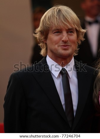 CANNES, FRANCE - MAY 11: Owen Wilson arrives at the 'Midnight In Paris' Premiere part of the 64th Cannes Film Festival at Palais des Festivals on May 11, 2011 in Cannes, France