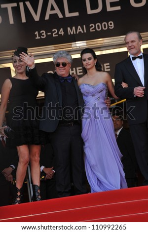 """CANNES, FRANCE - MAY 19, 2009: Penelope Cruz, Pedro Almodovar, Rossy de Palma & Lluis Homar at the premiere of their new movie """"Broken Embraces"""" in competition at the 62nd Festival de Cannes. - stock photo"""