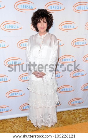 Carole Bayer Sager  at the 9th Annual Lupus LA Orange Ball. Beverly Wilshire Four Seasons, Beverly Hills, CA. 05-28-09
