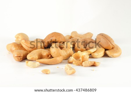 cashew nuts isolated background