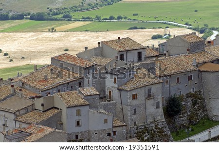 Castel del Monte (L'Aquila, Abruzzi, Italy) - Panoramic view at summer