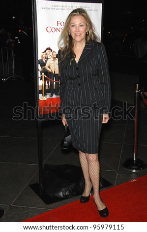 "CATHERINE O'HARA at the Los Angeles premiere of her new movie ""For Your Consideration"". November 13, 2006  Los Angeles, CA Picture: Paul Smith / Featureflash"