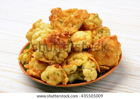 Cauliflower roasted with eggs.