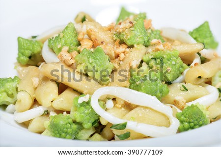 cavatelli with broccoli, squid and bagels. The broccoli are romaneschi, it are tipycal italian food