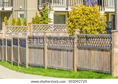Driveway Luxury House Behind Gates Suburbs Stock Photo