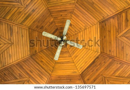 Ceiling wood with fan