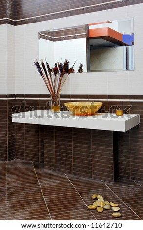 ceramic elements in a beautiful bathroom