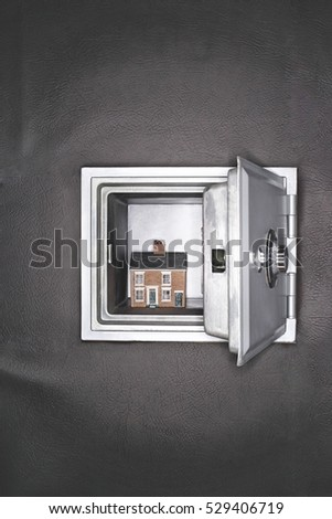 Open Safe Stock Images, Royalty-Free Images & Vectors | Shutterstock