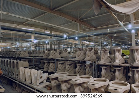 Ceramic products in the workshop production