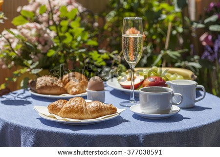 Champagne breakfast - stock photo