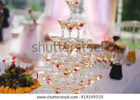 champagne glasses at a banquet