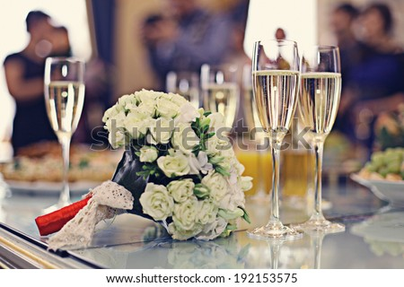 champagne wedding bouquet - stock photo