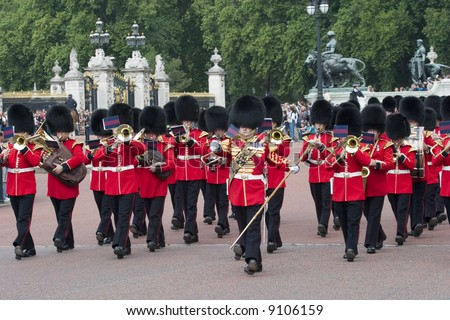 changing of the royal guard london