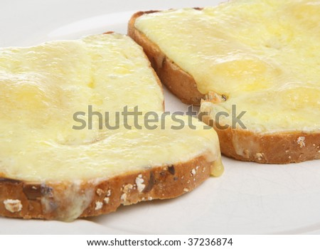 Cheddar cheese on wholemeal toast