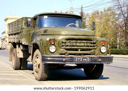 CHELYABINSK, RUSSIA - MAY 9, 2011: Soviet military truck ZIL 130 at the city street.
