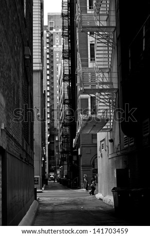 Chicago Downtown Alley in Black and White Vertical Photography. Urban Photo Collection. Chicago, Illinois, USA.