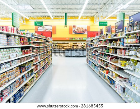 Chicago, IL May 22: An international supermarket selling fresh grocery and frozen items in Chicago on May 22, 2015. Consumption of fresh produce is on the rise due to growing health awareness - stock photo