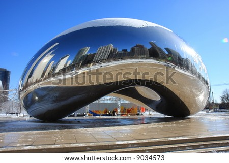 Chicago's Cloud Gate in Millennium Park, without the crowds - stock photo