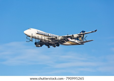 Chicago, USA - January 10, 2018: Singapore Airlines cargo Boeing 747-400 aircraft on final approach to O'Hare International Airport.