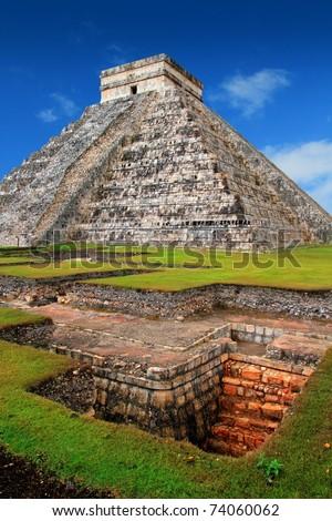 Chichen Itza Kukulcan Mayan Pyramid El Castillo over underground excavation - stock photo