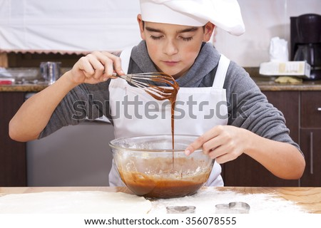 child clothes chef making cakes