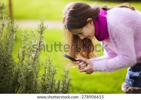 Child studing biology - stock photo