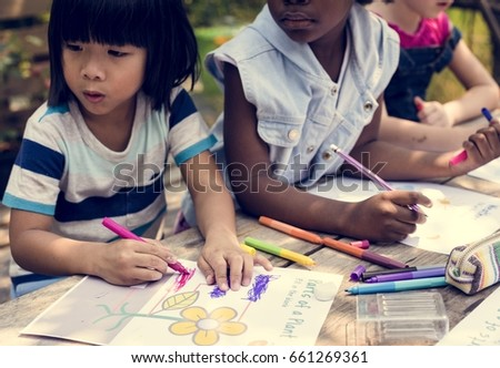 Children art drawing together