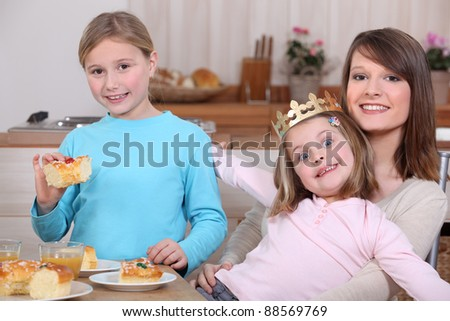 Children eating a French 'galette de rois'