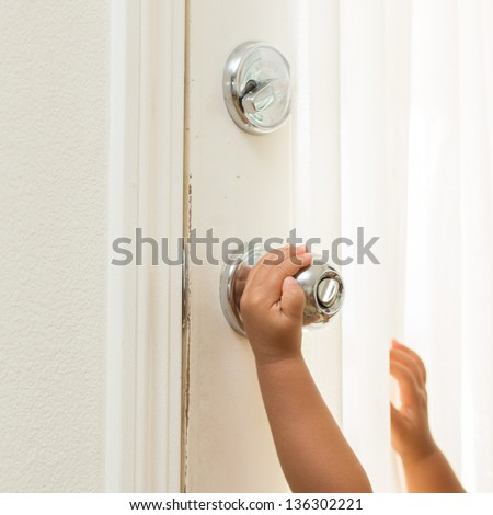 Children hand open door knob & Man Hand Open Door Knob Stock Photo 133893713 - Shutterstock Pezcame.Com