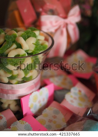 Children's Edible Party Treats in Pink with Bows and Decorations