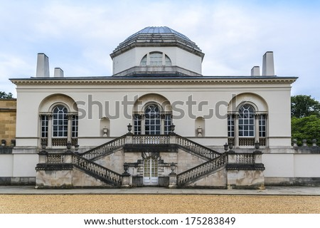 Chiswick House - Palladian villa (1729) in Burlington Lane, Chiswick, in London Borough of Hounslow in England. Arguably finest remaining example of Neo-Palladian architecture in London. Rear of villa - stock photo