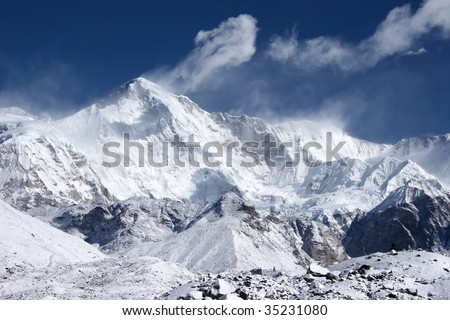 Cho Oyu, the 6th highest mountain in the world, Himalaya - stock photo
