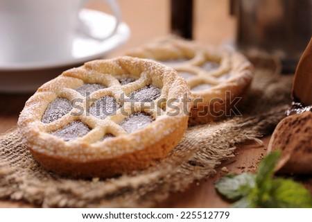 Chocolate mini tartlets - stock photo