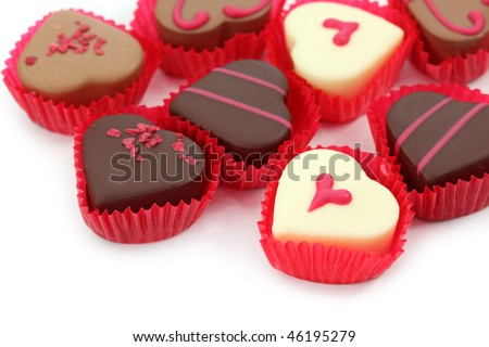 chiếc kẹo sôcôla bị cô lập trên nền trắng