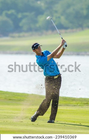 CHONBURI - DECEMBER 14 : Jonathan Moore of USA player in Thailand Golf Championship 2014 at Amata Spring Country Club on December 14, 2014 in Chonburi, Thailand.