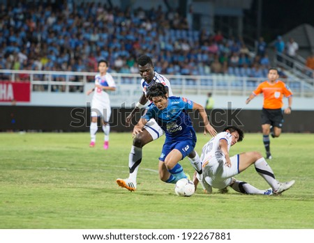 CHONBURI THAILAND- MAY 11:N.Samana(blue) in action during Thai Premier League (TPL) between Chonburi Fc(blue) vs Air Force Central Fc(white) on May 11, 2014  at Chonburi Stadium in Chonburi Thailand
