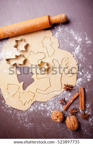 Christmas baking, cake form and spices