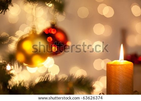 christmas decoration with christmas balls and candlelight