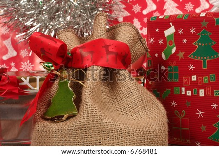 christmas gifts and wraps