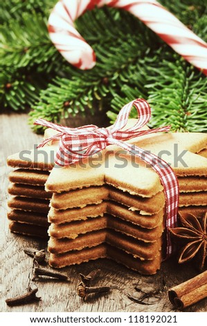 Christmas gingerbread cookies in vintage setting