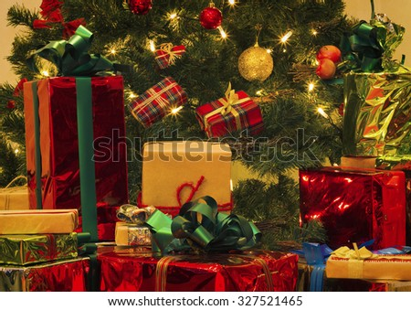 Christmas Tree and Christmas gift boxes