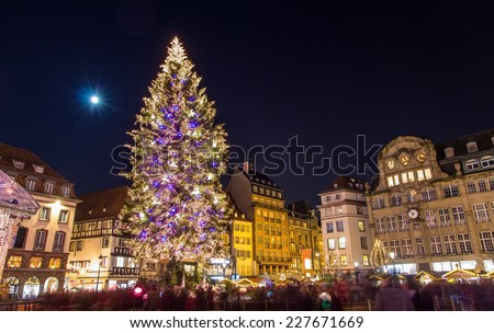 """Christmas tree at Place Kleber in Strasbourg, """"Capital of Christmas"""". Alsace, France - stock photo"""