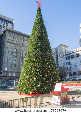 Christmas Tree in Union Square next to the Dewey Monument. - stock photo