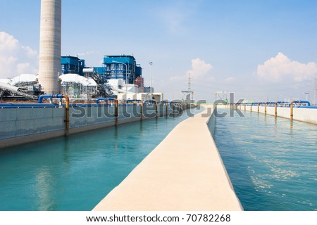 Circular heat and cool water systems to cool dawn the engine power plant in ventilation systems - stock photo