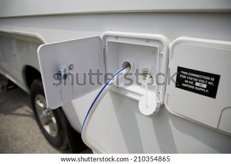 Cistern and tank for Water supply in a motorhome vehicle