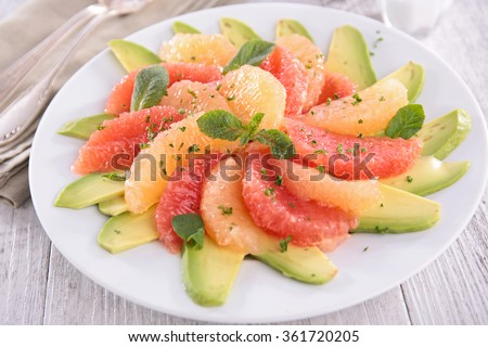 citrus salad with orange,grapefruit and avocado
